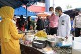 Setelah sidak dan uji sampel, BPOM pastikan takjil di dua pasar pabukoan Pariaman aman konsumsi