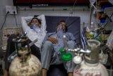 Kerumunan RS memperburuk krisis COVID di India