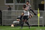 Paul Pogba: Bruno Fernandes bisa lakukan segalanya, kecuali bertahan
