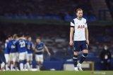Berbagi poin, perburuan empat besar Everton dan Tottenham terganjal