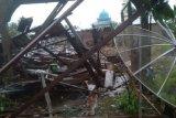 16 rumah rusak dan satu bayi tewas akibat puting beliung di Inhil