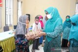 Program berkah Ramadhan, TP PKK Siak serahkan sembako