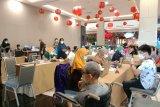 Pemkab Bantaeng gaungkan vaksinasi 1 guru 1 lansia