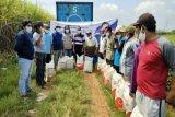 Mbak Rerie salurkan 5 ton pupuk kepada petani Demak, Kudus, dan Jepara