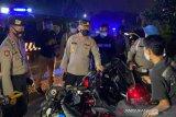 Polisi bubarkan kegiatan sahur di jalan