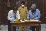 Pemkab Banyumas dan Kejaksaan teken nota kesepahaman bantuan layanan hukum