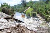 11 kabupaten di NTT belum laporkan data kerusakan rumah akibat siklon Seroja