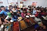 Berikan rasa senang dan obat rindu bagi ratusan warga binaan, ini dilakukan di Lapas Biaro (Video)