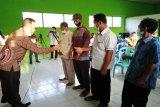Ketua DPRD Bartim sumbang ambulans untuk desa
