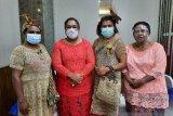 PKK Lanny Jaya tampilkan perempuan bernoken meriahkan perayaan Hari Kartini