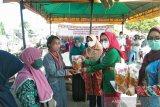 GOW Seruyan peringati Hari Kartini dengan menggelar pasar murah