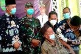 Vaksinasi COVID-19 lansia dimulai, pendekatan persuasif terus dilakukan di Sukamara