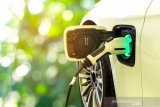 Menteri ESDM Arifin Tasrif sebut isi daya kendaraan listrik di RI salah satu yang termurah