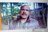 Ayah korban penembakan nilai kejahatan kemanusiaan KKB sama teroris