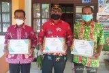 Tiga desa di Kapuas diberi penghargaan aktif verifikasi DTKS