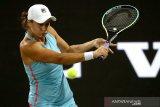 Barty kalahkan Krejcikova ke perempat final Wimbledon perdana