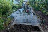 TNI AD membuat prioritas pembangunan jembatan rusak akibat bencana di NTB