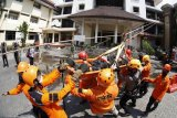 Simulasi kesiapan dan kesigapan menghadapi gempa