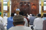 Irjen Kemenkumham RI sampaikan tauziah saat tarawih di Lapas Makassar