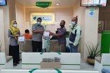 BPJAMSOSTEK Palangka Raya bagikan takjil ke peserta klaim