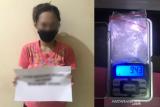 Polisi tangkap ibu rumah tangga di Kendari akibat jadi pengedar sabu