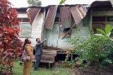 Anggota DPRD Kalteng temukan rumah dinas guru di Pulpis nyaris roboh