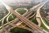 Target Kementerian PUPR 19 ruas tol baru tuntas 2021