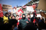 Stan dan Josh Kroenke tak berniat jual Arsenal