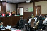 Saksi: Perusahaan tak penuhi syarat tetap jadi vendor  bansos COVID-19