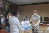 BNPB serahkan bantuan dana tunggu hunian untuk kabupaten Kupang