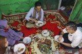 Wali Kota Kendari kunjungi langsung rumah warga untuk sahur bersama