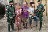 Warga serahkan senjata api ke Satgas Pamtas RI-Timor Leste