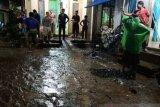 Banjir yang merendam 80 rumah di Nagari Manggilang Limapuluh Kota mulai menyusut