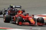 Charles Leclerc rebut pole GP Azerbaijan, empat