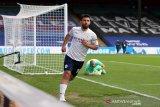 Guardiola tak mau janjikan laga perpisahan untuk Sergio Aguero