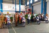 Pelindo IV bantu empat kendaraan sampah untuk nelayan sekitar MNP