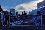 Buruh di Lampung peringati