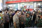 Lebih 100 ribu orang kunjungi Pasar Tanah Abang, Pemprov DKI lakukan rekayasa jam operasional