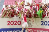 Ajax masih lapar banyak gelar