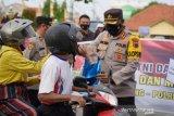 Baksos Ramadhan, Polres Batang-Kodim bagikan takjil dan masker