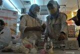 Kandungan formalin ditemukan pada jajanan  rujak mi di Palembang