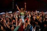 Inggris gelar eksperimen penyebaran COVID-19  lewat festival musik