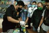 Satgas Pamtas menggagalkan penyelundupan 1,7 kilogram sabu di Sanggau