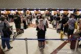 Cegah varian baru COVID-19, Indonesia batasi pintu masuk internasional