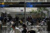 Pemudik masih padati Bandara El Tari Kupang di hari pertama larangan mudik