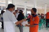 Bupati Pesisir Barat buka pasar murah di Kecamatan Karya Penggawa