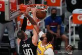 Clippers sapu bersih kemenangan atas Lakers  musim ini