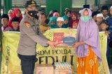 Biro SDM Polda NTB peduli yatim piatu serta orang tua jompo