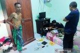 Kakek 57 tahun diduga pengedar sabu di Mataram diringkus polisi