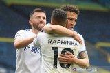 Leeds United menundukkan Tottenham Hotspur 3-1